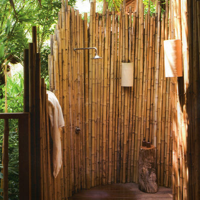 Idee di docce per ispirarti habitissimo - Docce da giardino in muratura ...