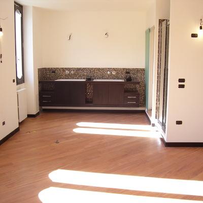 Ristrutturazione di due appartamenti che diventano un unico grande appartamento