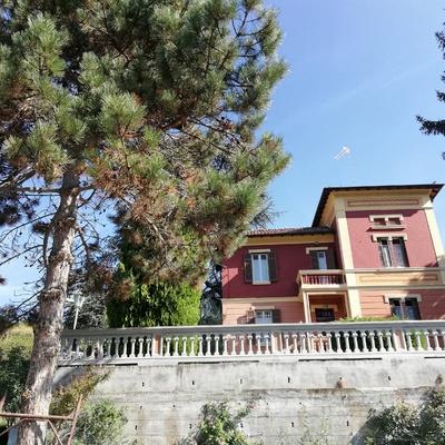 Rifacimento tetto e ristrutturazione facciata casa del '900