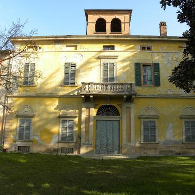 """Restauro e risanamento conservativo di villa """"Leggiadri Gallani"""""""