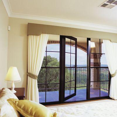 Costi e guida per installare finestre in legno habitissimo - Finestre di legno ...
