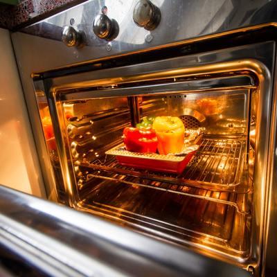 Come pulire il forno in 15 minuti senza fatica