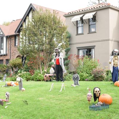 Decora il giardino e gli esterni di casa per Halloween