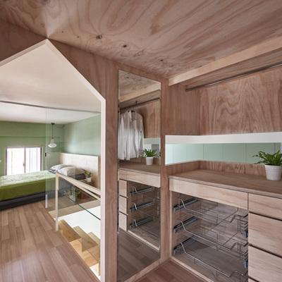 Serenità ed equilibrio: 40 m² su tre livelli