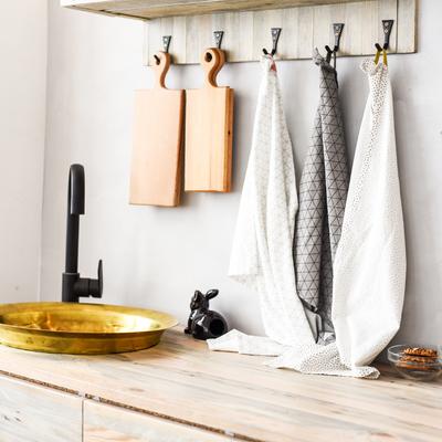 Riciclo creativo: costruire oggetti in casa partendo da ciò che abbiamo