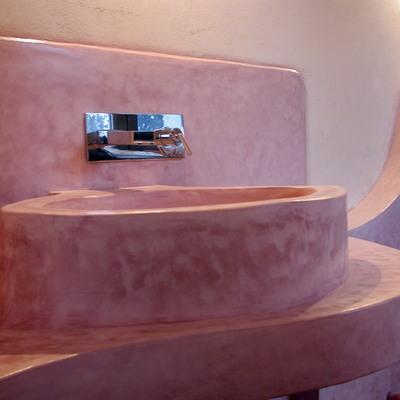 Il lavabo rosa
