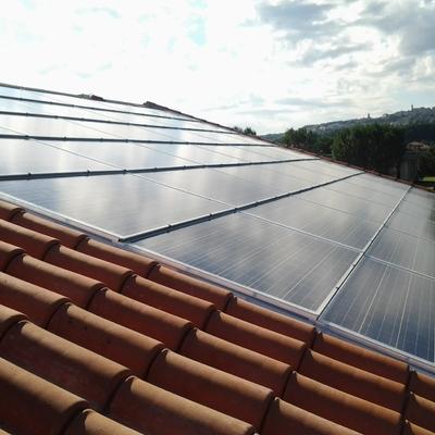 Impianto fotovoltaico con integrazione architettonica