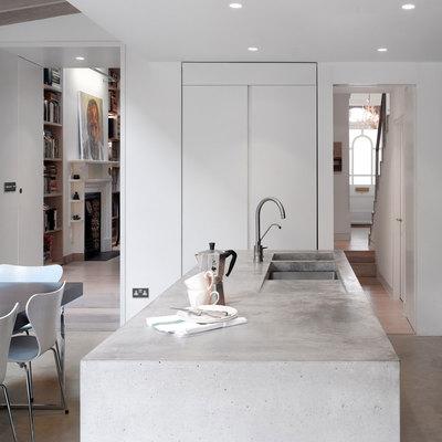 Isola per cucina in cemento