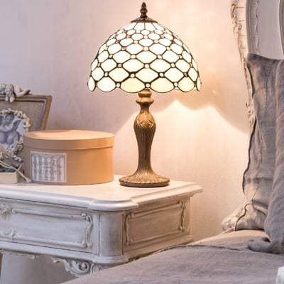 Idee e foto di comodino bianco per ispirarti habitissimo for Lumi da comodino