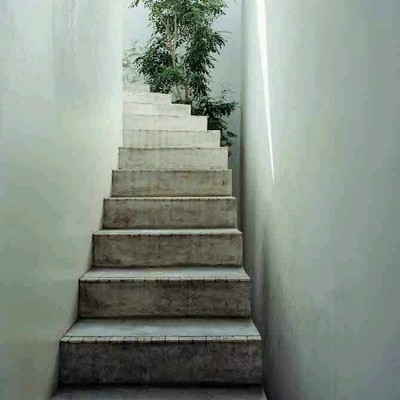 Loft piano seminterrato scala di accesso