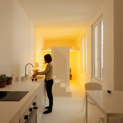 Casa e luce artificiale: un nuovo spettro di possibilità