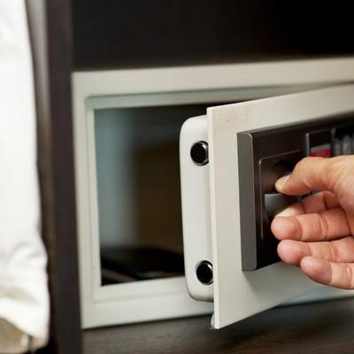 misure di sicurezza per la casa quando si è in vacanza
