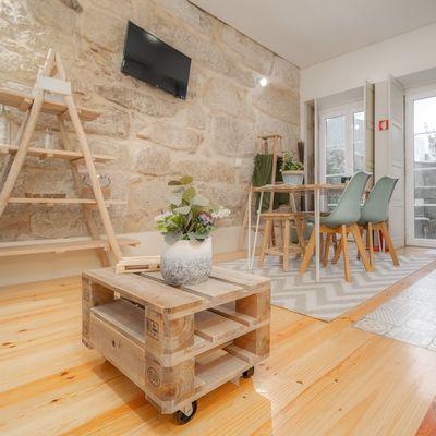 Pezzi di design o arredi low cost? Mixali insieme nella zona living