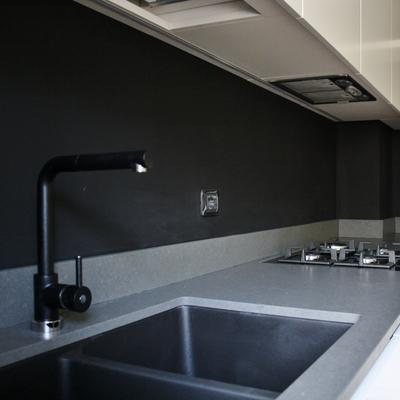 particolare piano con lavello sottopiano