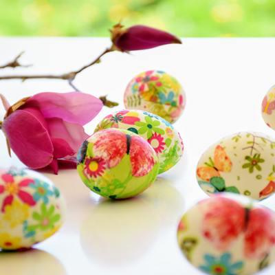 La tavola di Pasqua si decora con l'allegria e il romanticismo della Primavera