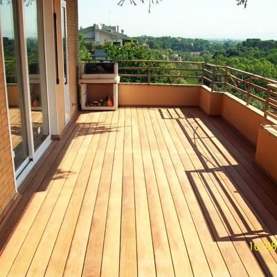 Progetto realizzazione pavimentazione in legno per balcone