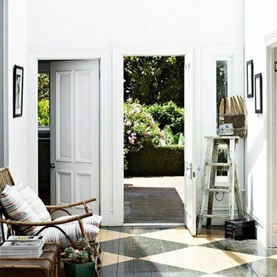Tira fuori l'artista che è in te e decora il pavimento di casa!