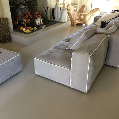 Cemento resina: una finitura contemporanea di pregio per la casa