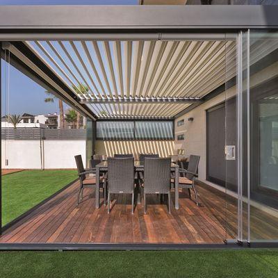 Chiudere la terrazza: iter, tecniche e materiali