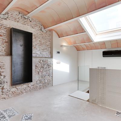 Guida e costi per installare finestre in tetti o lucernari for Finestra lucernario