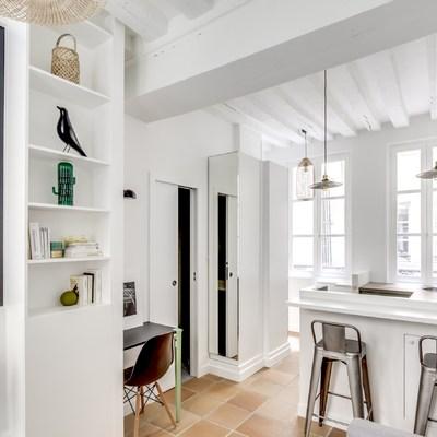 10 soluzioni semplici che faranno sembrare più grande il tuo appartamento
