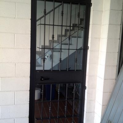porta condominio in ferro