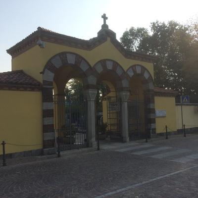 portale del cimitero civico