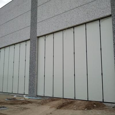 Idee di porte garage per ispirarti habitissimo for Idee aggiuntive di garage allegato