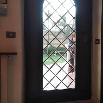 Portone ingresso abitazione privata