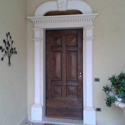 Progetto portone blindato con porta sezionale Hormann e persiane blindate a Ailano (CT)