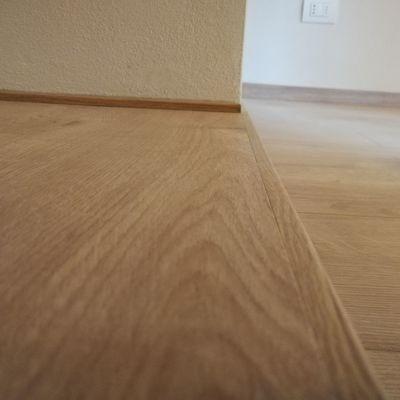 Posa pavimento laminato Rovere
