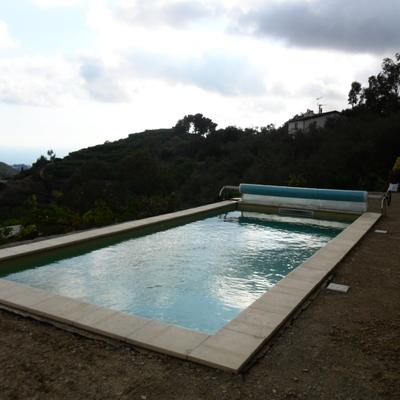 Una piccola piscina privata