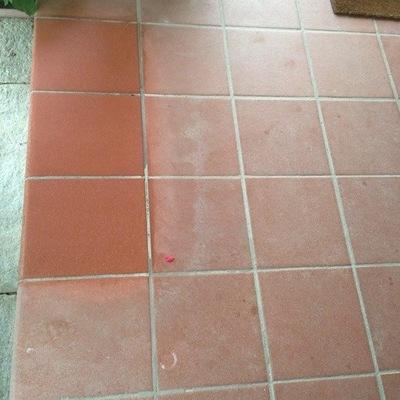 Come restaurare  il pavimento esterno in cotto con lu.sa