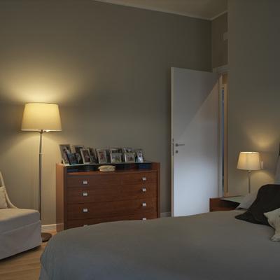 Rilassarsi in camera da letto