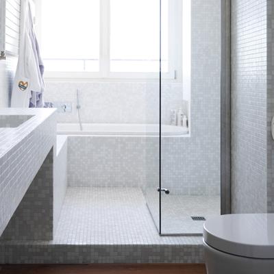 Idee di ristrutturazione bagni per ispirarti habitissimo - Rinnovare il bagno senza rompere ...