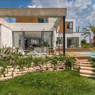 A quali professionisti occorre rivolgersi per ristrutturare casa?
