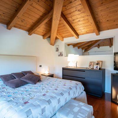Travi in legno: non smetterai di guardare il soffitto!