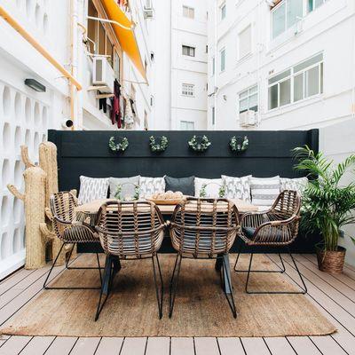 Come installare un pavimento in legno modulare sulla tua terrazza