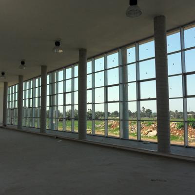Sala Convegni -  particolare parete vetrata