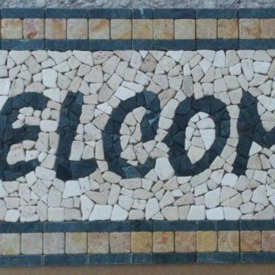 Mosaici, rosoni e composizioni in marmi anticati
