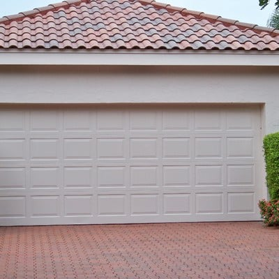 serramento garage auto