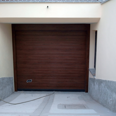 Sezionale garage.