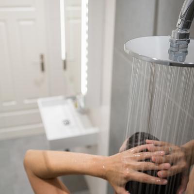 5 trucchi per avere il box doccia sempre pulito