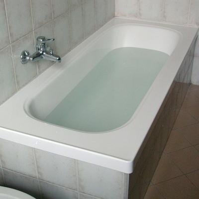 Progetto di Sovrapposizione vasca da bagno