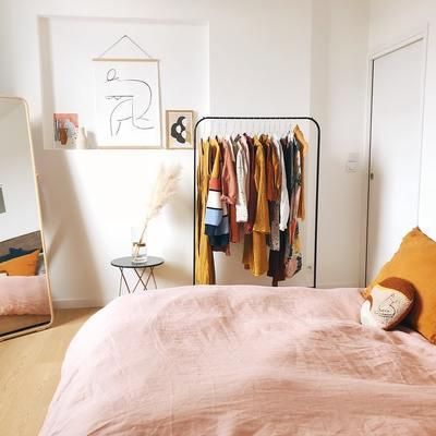 5 Soluzioni per risparmiare spazio nella camera da letto