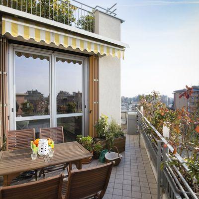 Tende da sole per balconi: guida all'acquisto e alla manutenzione
