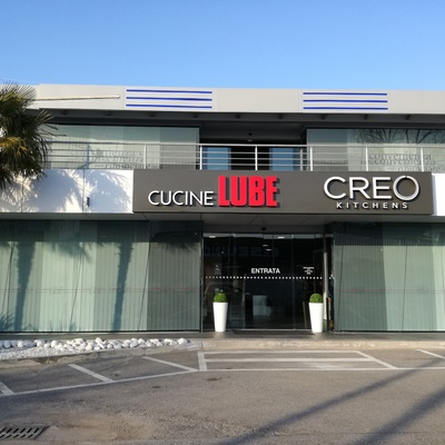 SHOWROOM LUBE CUCINE