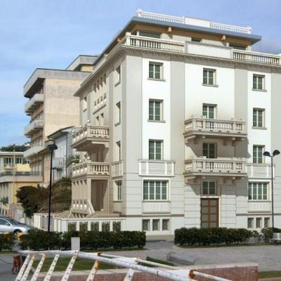 termointonaco NATURCAP su ex-hotel trasformato in splendi appartamenti vista mare - Lido di Camariore - Versilia (LU)