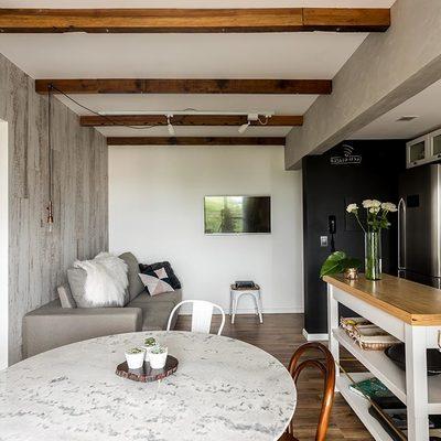 Soffitto in legno prezzi decorare la tua casa for Soffitto travi a vista bianco