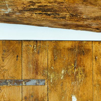 GRS - Una vecchia acetaia diviene un bagno dallo stile rustico